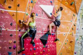 indoor rock climbing clothes